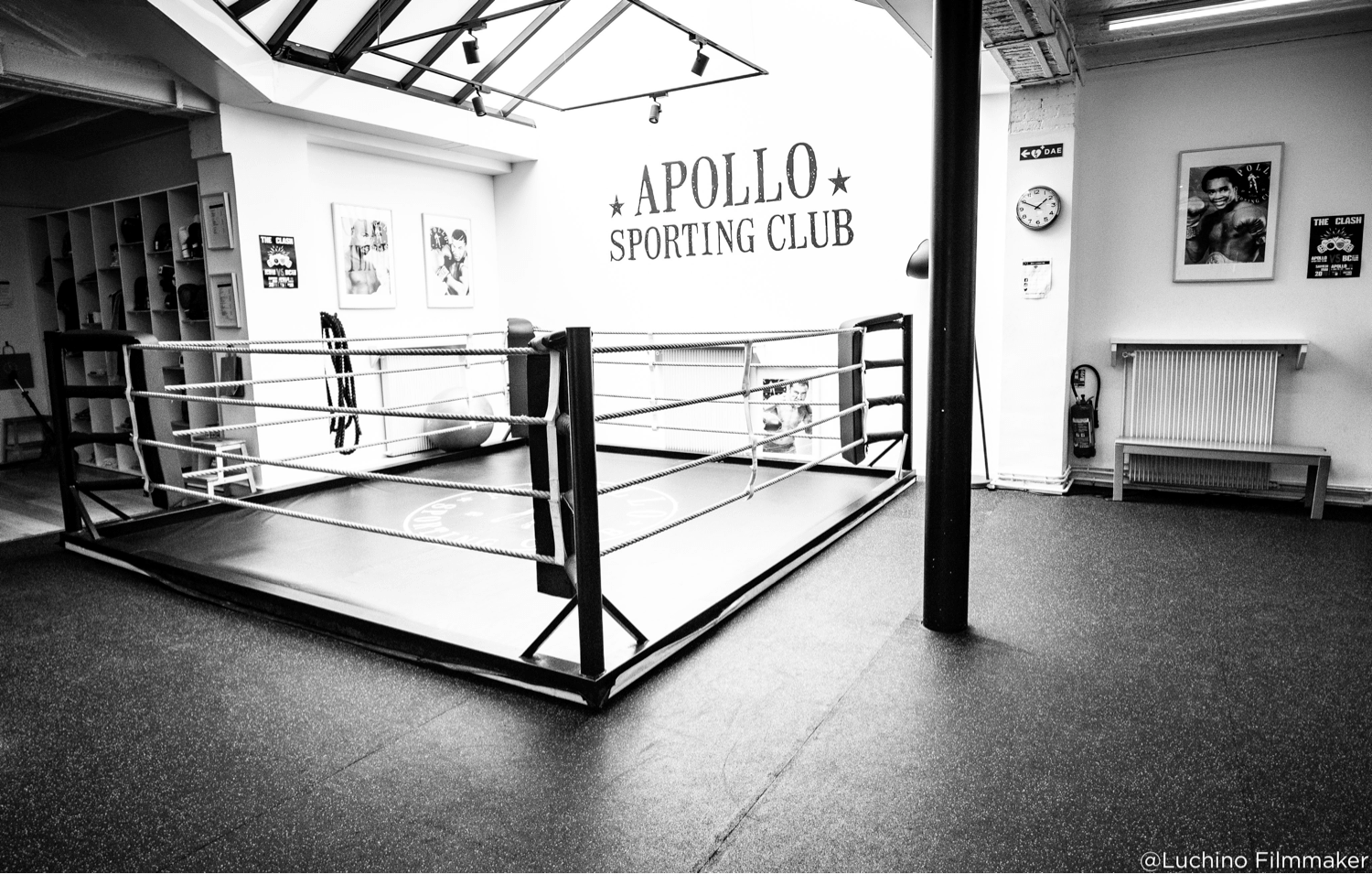 Ring de la salle de boxe Apollo Sporting Club Paris 11 à Parmentier